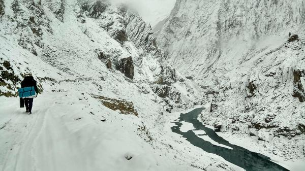 Chadar Frozen River Trek – Zanskar Valley