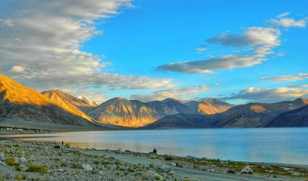 The famous Pangong Tso lake.