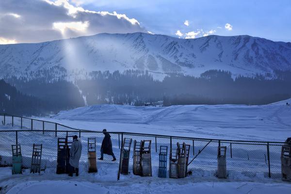 Gulmarg best ski resort
